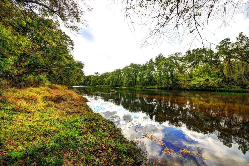 Enjoy the pure, clean waters of the Catawba River Club.