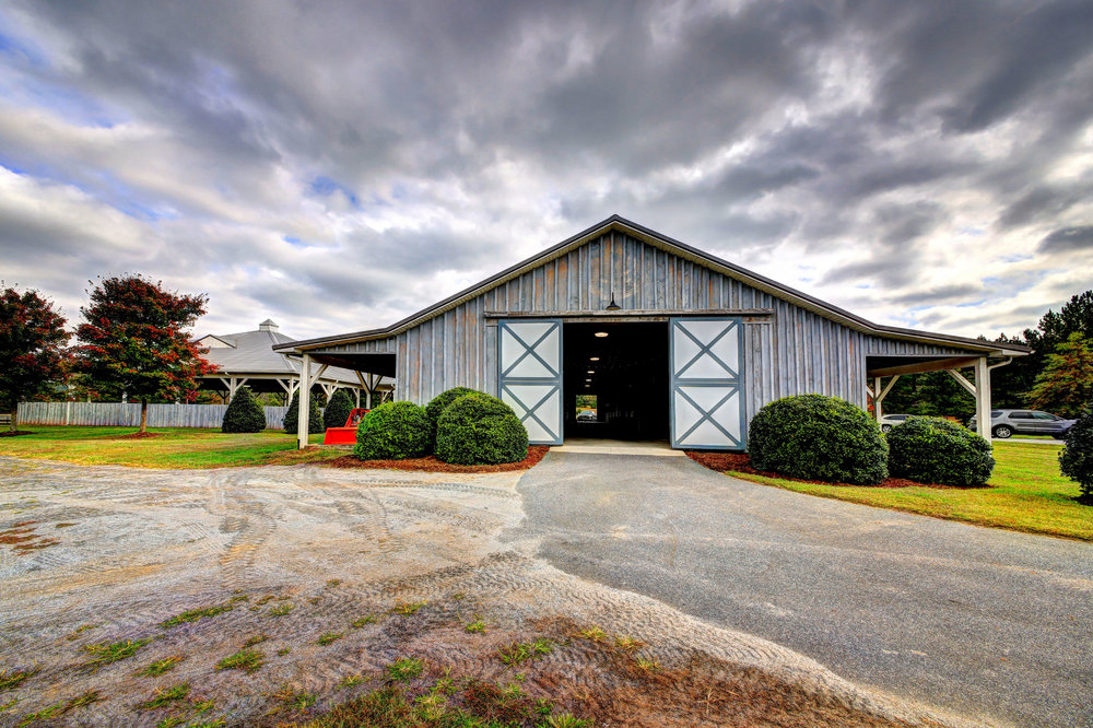 The barn and stables at Catawba River Club.