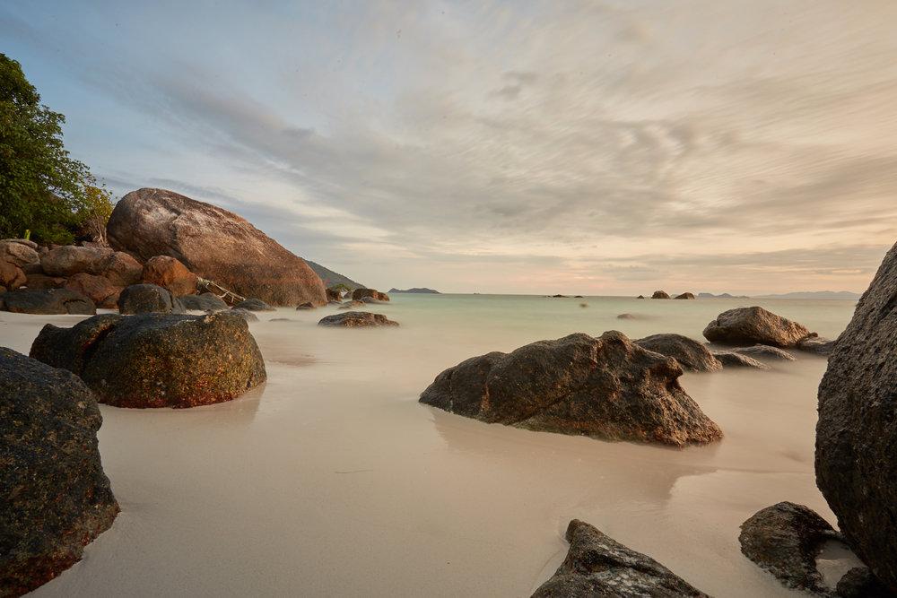 Koh Lipe, sunrise beach 1.jpg