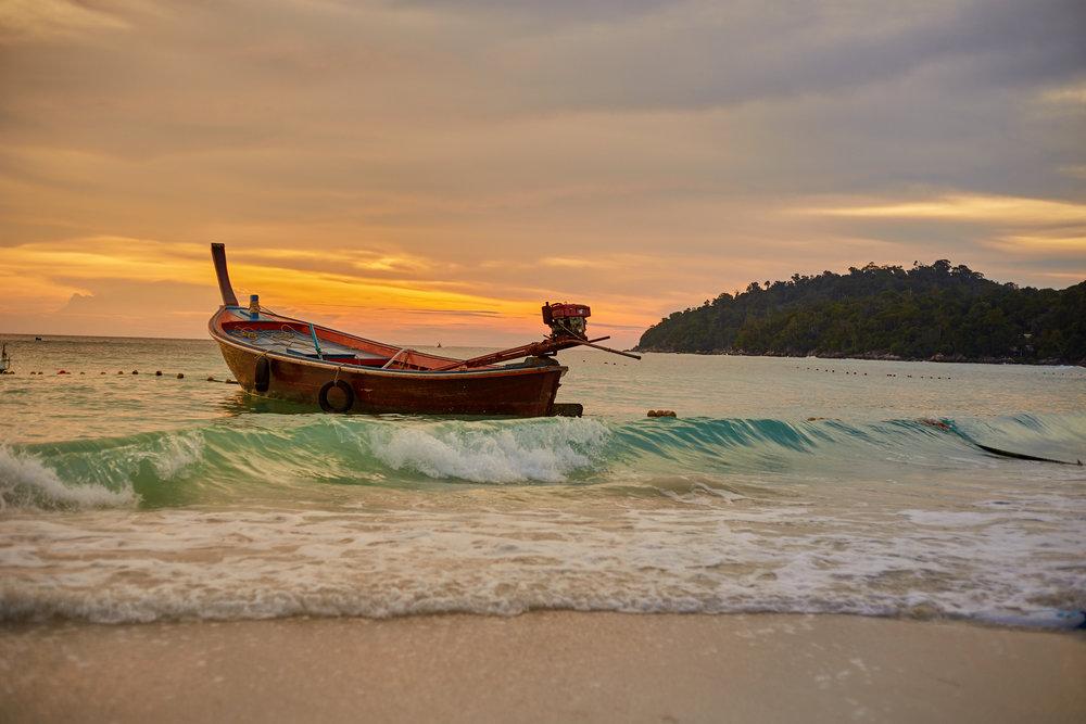 Koh Lipe, sunset beach 1.jpg
