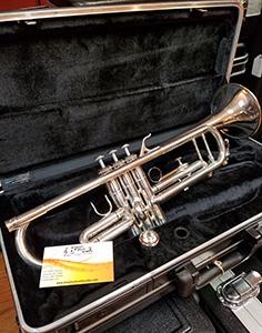 Antiqua Trumpet resized.jpg