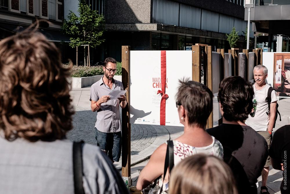 """Åpning av utstillingen """"Made in China"""" av avgangsstudentene ved fotojournalistikk på Høgskolen i Oslo og Akershus.Foto: Sébastian Dahl"""