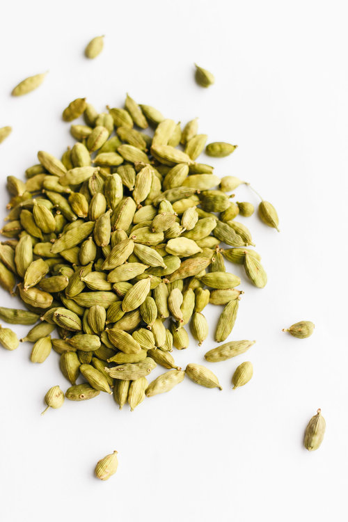 green cardamom pods big heart tea co
