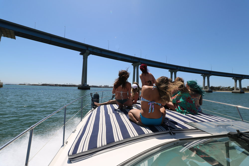 San Diego Booze Cruise, San Diego Yacht Charter