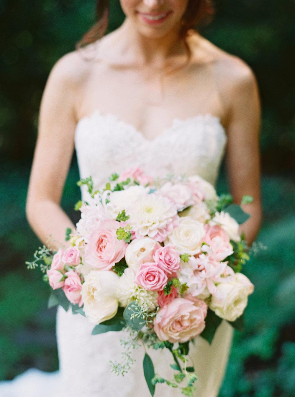 Nestldown wedding images