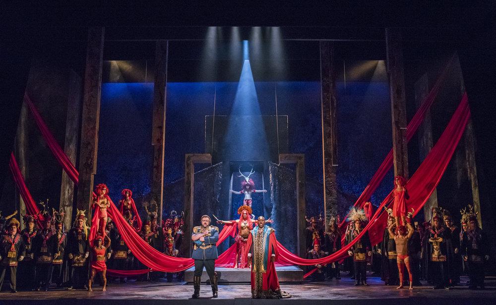ENO Aida Cast and Chorus (c) Tristram Kenton.jpg
