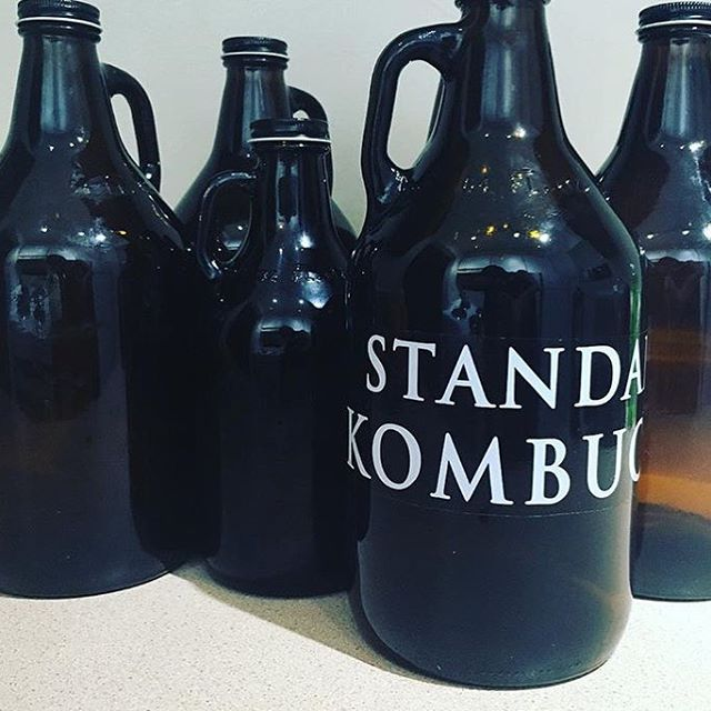 GET YOUR BOOCH FILLED UP! 🙌🏻 @standardkombucha fills our Lounge & head office up with their love 🙆🏻💓