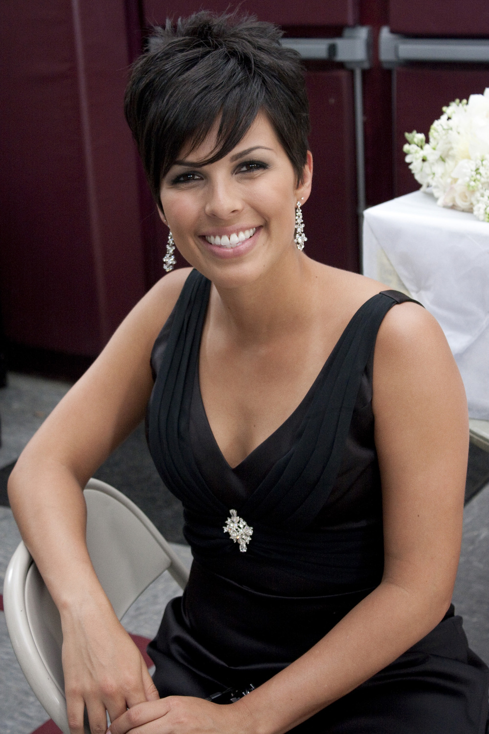 event-short-hair-pixie-cut-smoky-eye-event-makeup.jpg