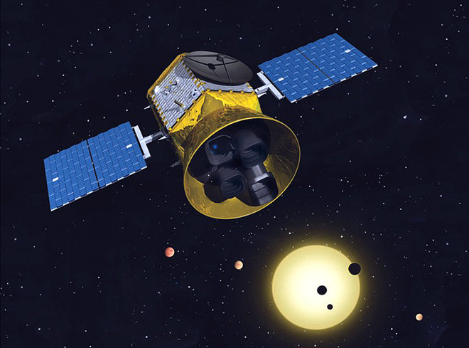 Dr. Matthew Payne  talks about his exoplanet research, which involves looking for periodic dimming in stars. We discuss the  Kepler  and  TESS  space telescopes, and he explains why he's so interested in measuring the masses of exoplanets.