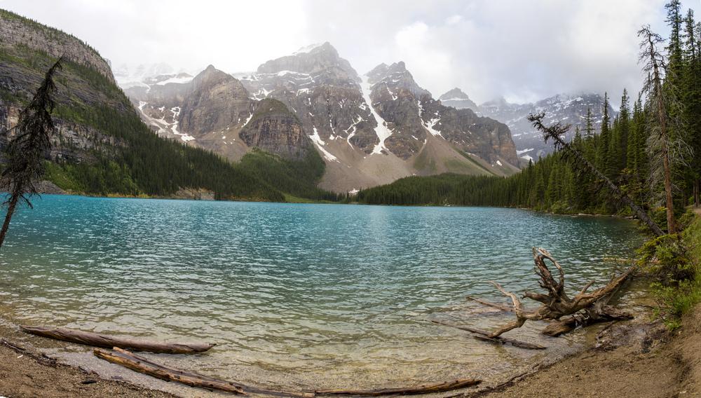 Morainelake_Panorama3.jpg