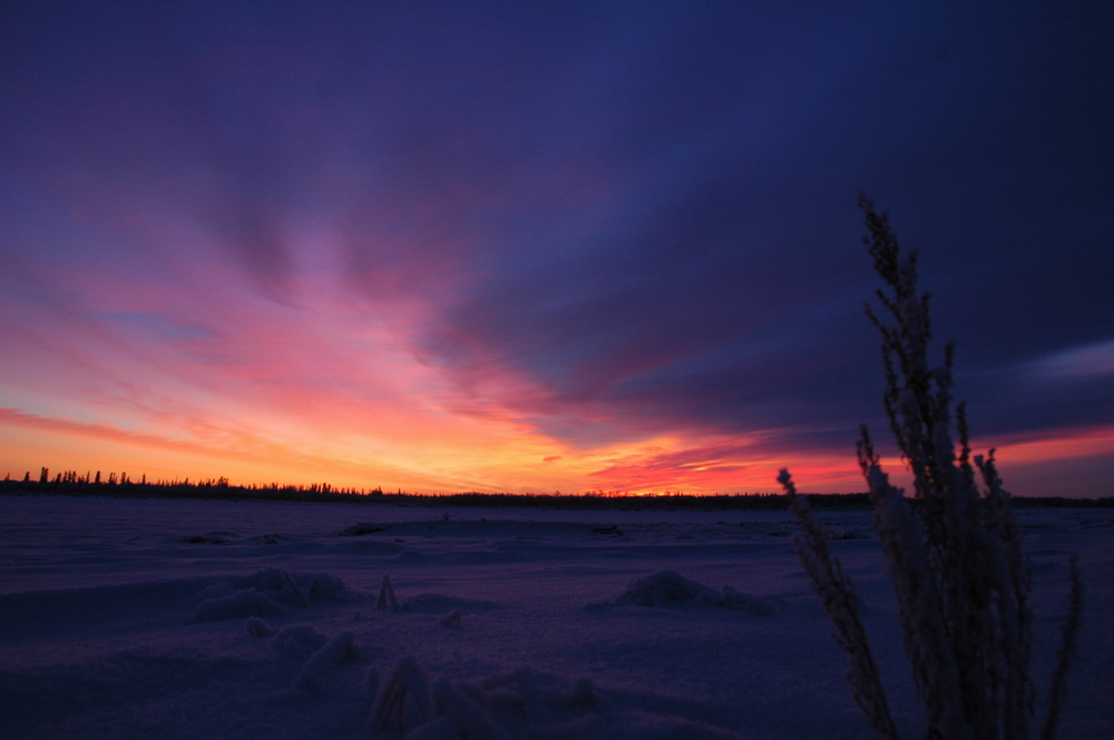 22. beautiful sunriseset in Aklavik.JPG