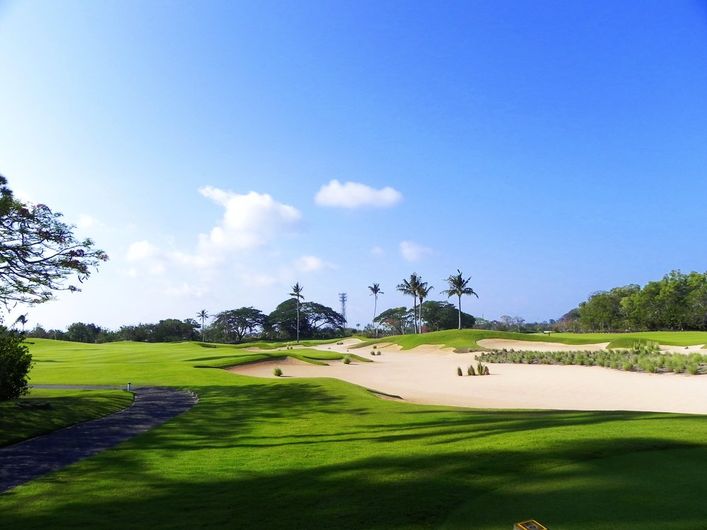 - Round 2 of was at the magnificent Bali National Golf Club. The course is immaculately presented, with manicured fairways and not a blade of grass out of place. We experienced