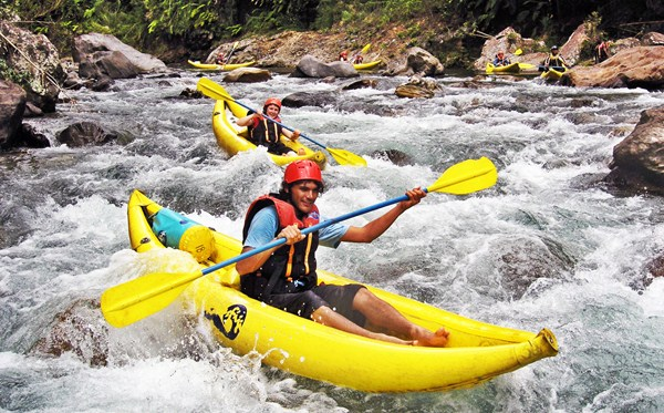 Activities---Rosie-Holidays-Rivers-Fiji746.jpg