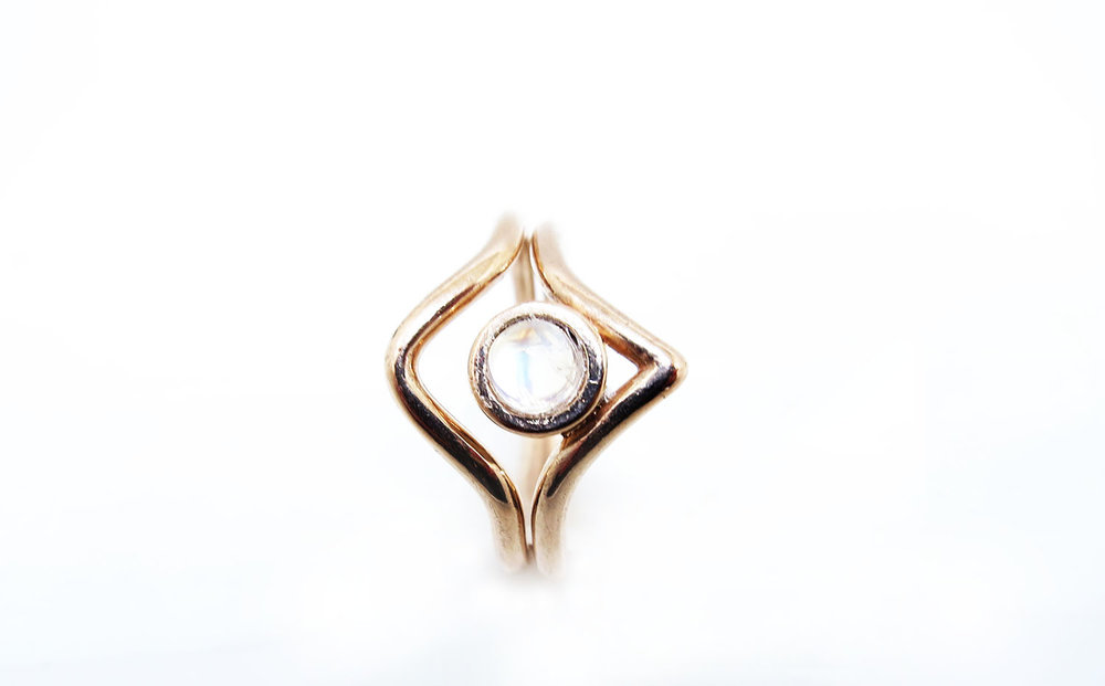 Arrow Ring Rose Gold