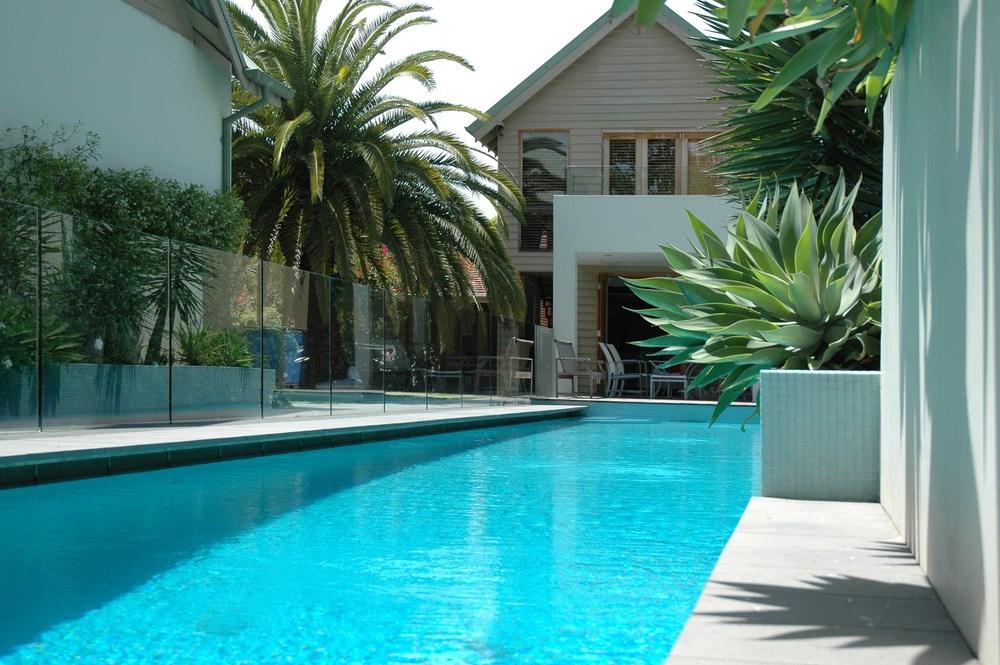 pool edge.jpg