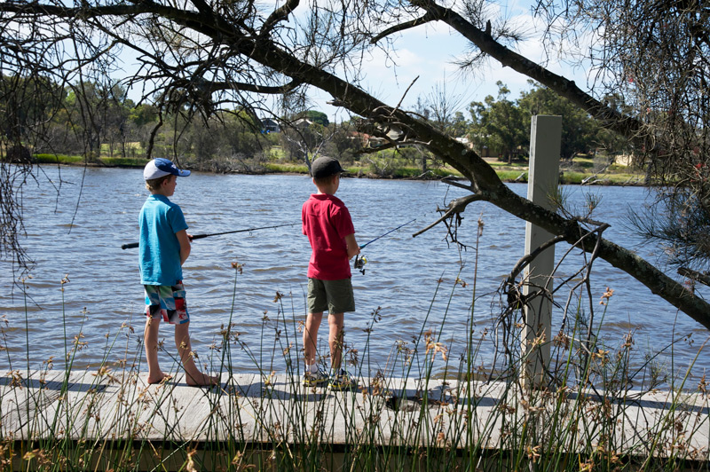 boys-fishing-on-the-jetty.jpg