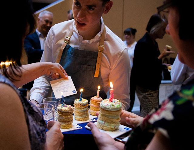 1000 HAPPY BIRTHDAYS: Medical researchers at the University of Melbourne have made several groundbreaking discoveries that will save the lives of 1000 unborn babies every year.  To celebrate, we threw a birthday party, inviting the researchers, their families, and the young couples the research was going to help.  We served 1000 birthday cakes - one for each birthday the University has made possible.  There wasn't a single piece left over.  #🥳 #🎂 #happybirthday #birthday #birthdaycake #cake #medicine #research #universityofmelbourne #uom #babies #jackandhuei