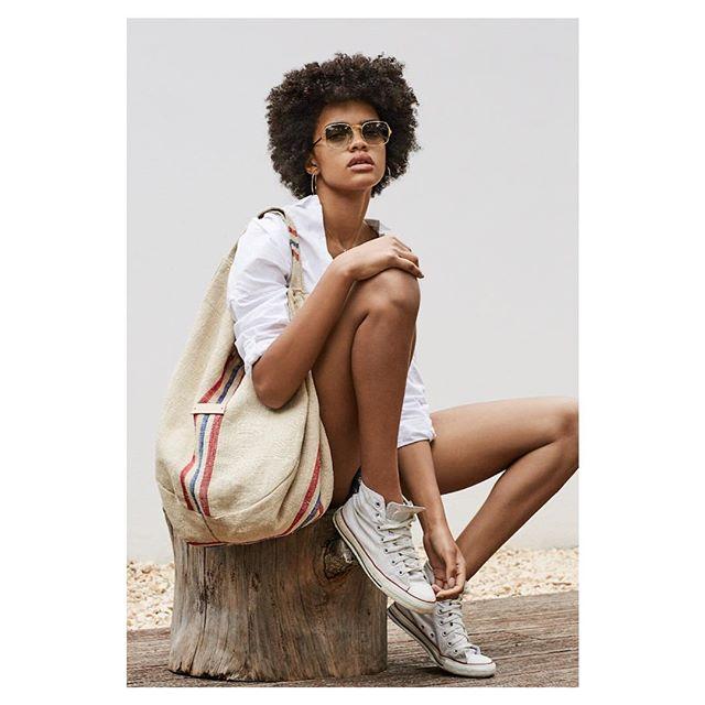 Carmen beach bag #govoufabrics #govoutextile #bag #bagaddict #linen #carmen #sustainable #sustainablefashion #upcycle #unique #beach #beachbag #ibiza #formentera #buyonline #compraonline #bolsos #lino #exclusive photo @belaadler2 model @carlapereirax