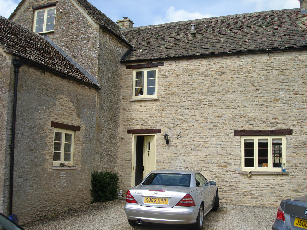 Stone extension using lime mortar and stone roof
