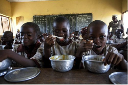 Photo from Edufrica's October 2015 Article:  http://www.edufrica.com/2015/10/nigeria-to-model-school-feeding-programme-after-brazil/