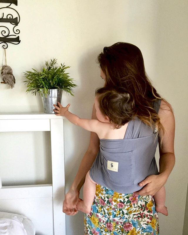 B l e u ~ One of the first colours to be launched with burrow Baby. It was a favourite then and is still a favourite now! For all of you waiting on this pretty bunny ~ it's BACK IN THE SHOP in both carriers and swaddles. #burrowbaby #bamboo #ethical #sustainable #babycarrier #swaddleblanket