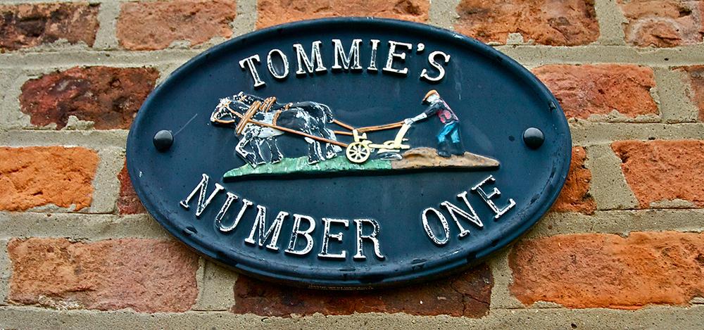 Tommies-Header.jpg