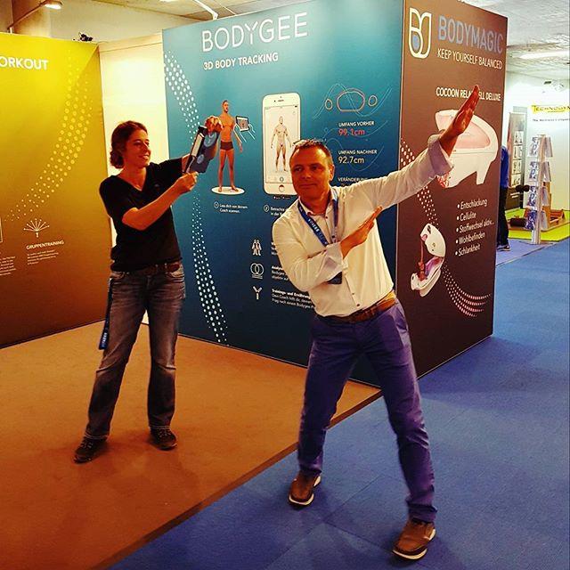Spassig an der @fitnessexpo.ch Basel zusammen auf dem Stand von #bodymagic  #fitnessexpo #fitnessexpo2017 #3dbodytracking #3dbodyscan