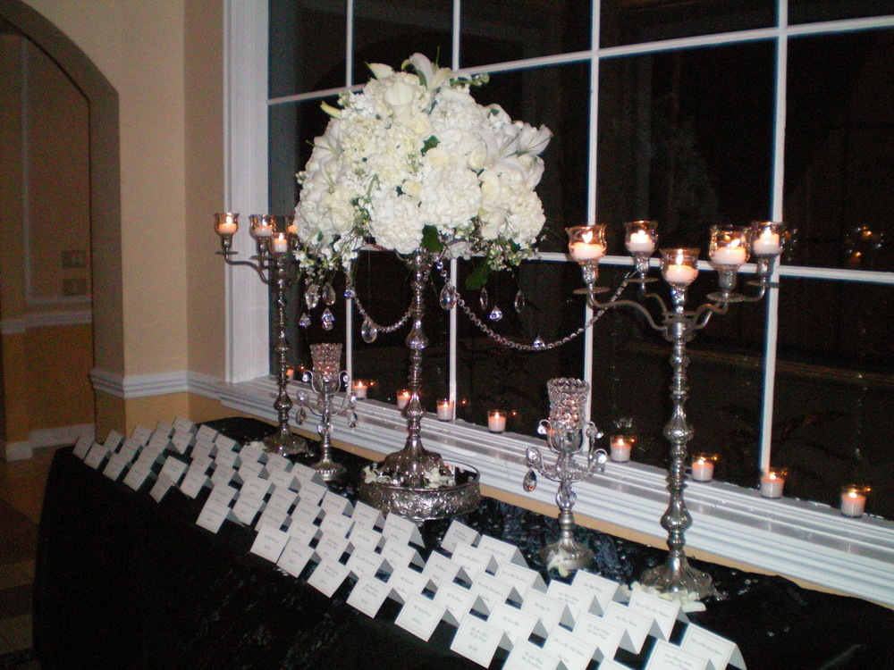 Wedding Place card table centerpiece