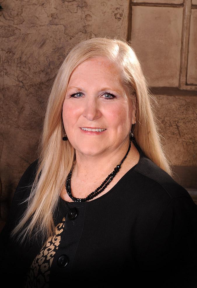 Debbie Melton   Sales Associate  580-774-4040    debbie@davispropertiesok.com