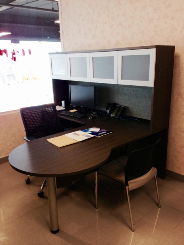 Mainline desk.jpg
