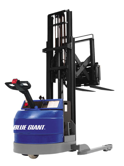Straddle_Stackers_Blue_Giant[1].jpg