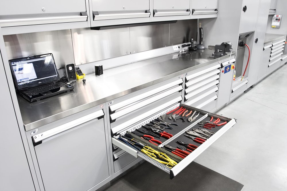 Workbenches & Workstations   Durable, Innovative Designs, tailored for you!