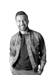 PAUL PEREZ | Stylist