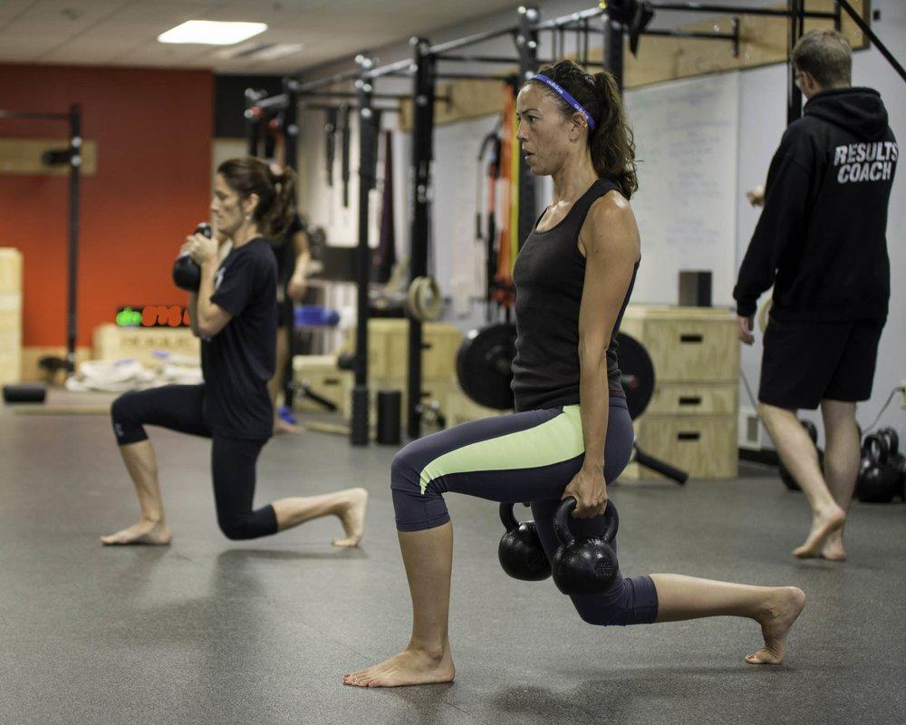 jodi debbie split squat 5x4_Fotor.jpg