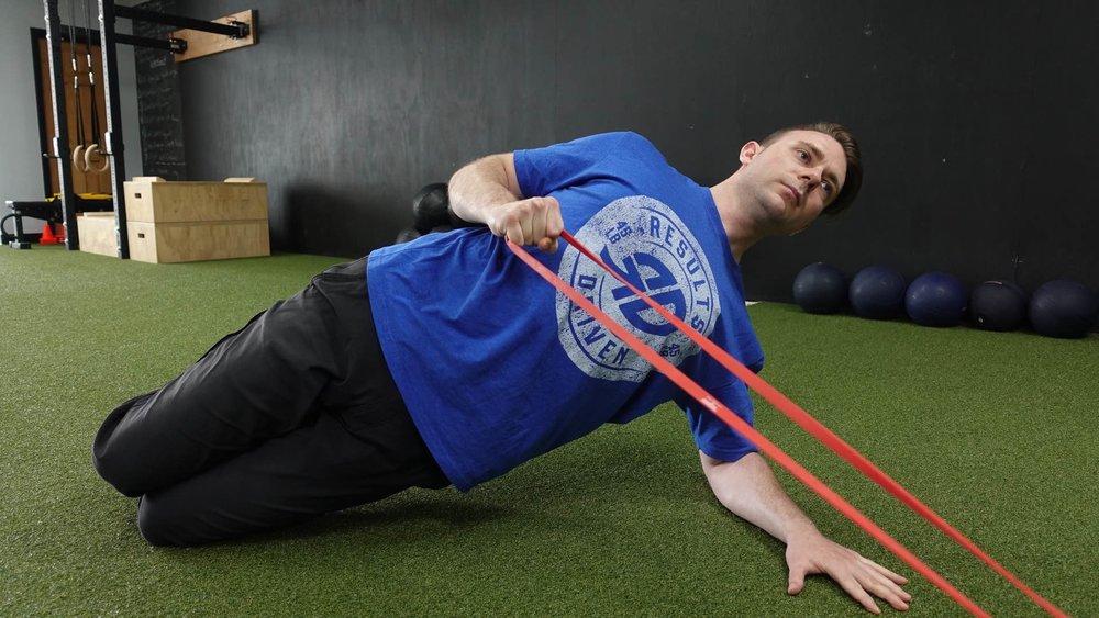 Coach Mike Side Plank Row 16x9_Fotor.jpg