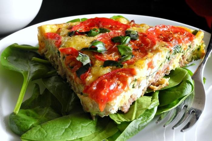 Tomato-basil-sausage-frittata-paleo-glutenfree-whole30-@paleorunmomma_Fotor.jpg
