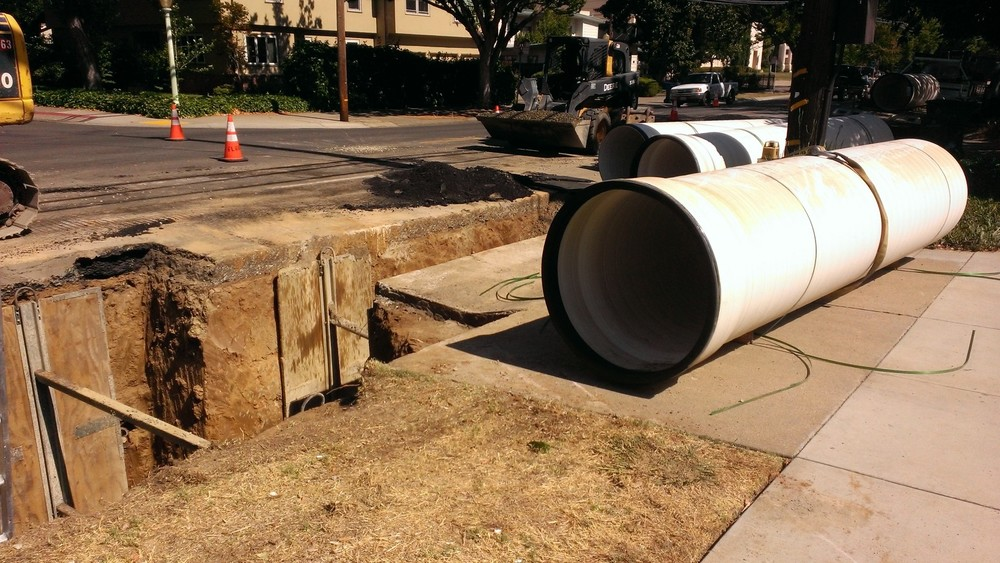 COMBINED SEWER SYSTEMS   No problem is too complex