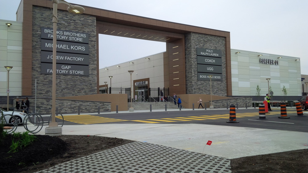Commercial Project   Niagara Outlet