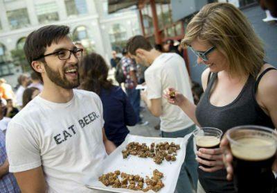 Dan Kurzrock demos his Regrained granola bars in San Francisco.