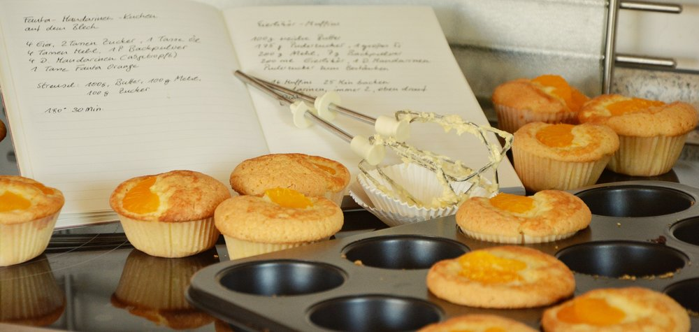nutritious, gluten-free, vegan, dairy-free hidden veggie pumpkin pie muffins