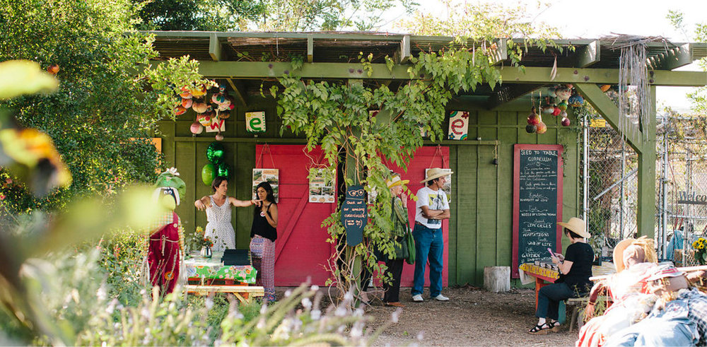 This year, 5% of all holiday gift box proceeds will benefit the local Los Angeles nonprofit that's making garden-based learning experiences available to every child.