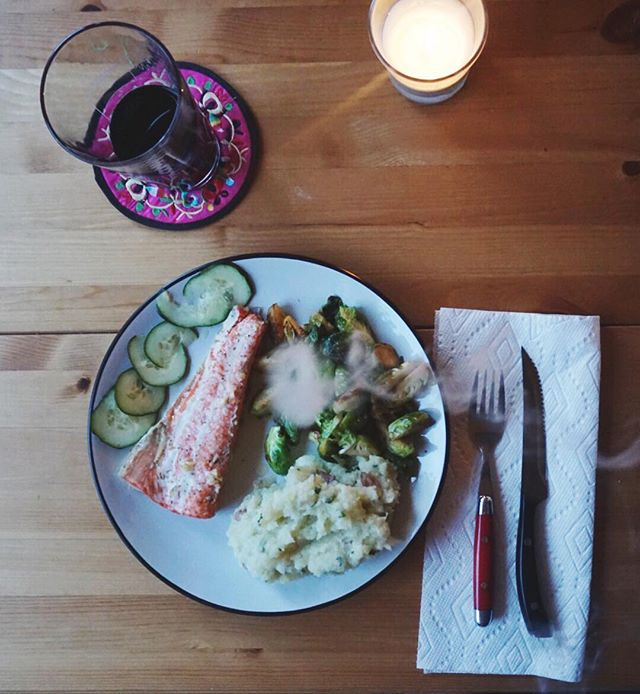 It's #foodiefriday! And we're creating some recipes for the canna chefs out there. This week we made canna butter basted sockeye salmon, cauliflower mash, and brown sugar glazed brussel sprouts. You can find the recipe on our blog. Happy high eats :)