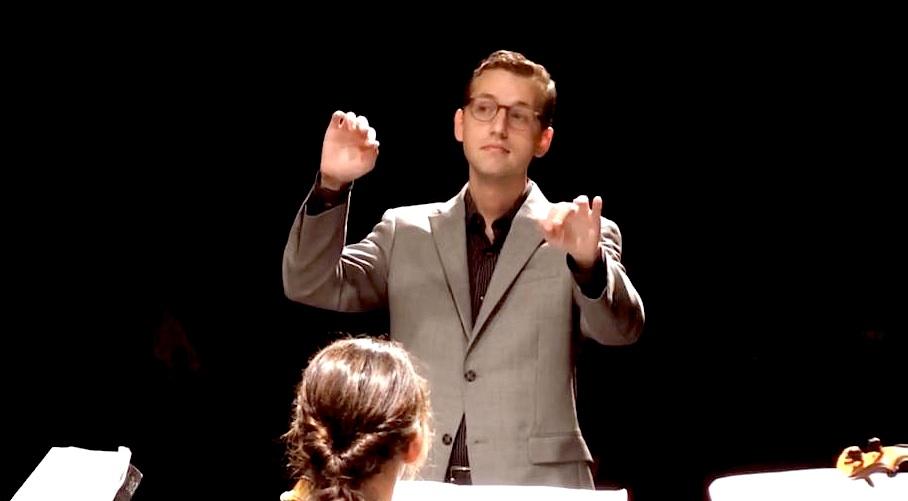 DNC conducting.jpg