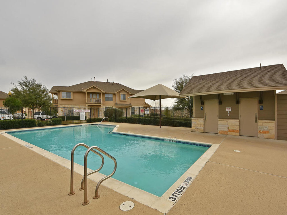 3101 Davis Ln Unit 5302-MLS_Size-001-3-Amenities 001-1024x768-72dpi.jpg
