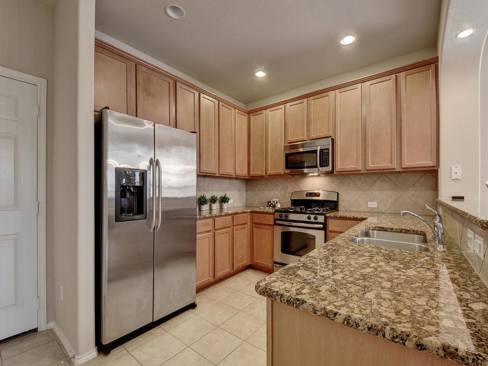 3101 Davis Ln Unit 5302-MLS_Size-013-15-Kitchen and Breakfast 001-1024x768-72dpi.jpg