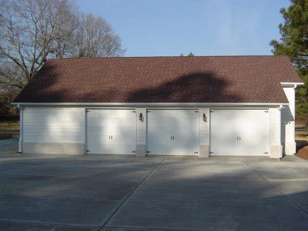 Outdoor_Detached Garage.jpg