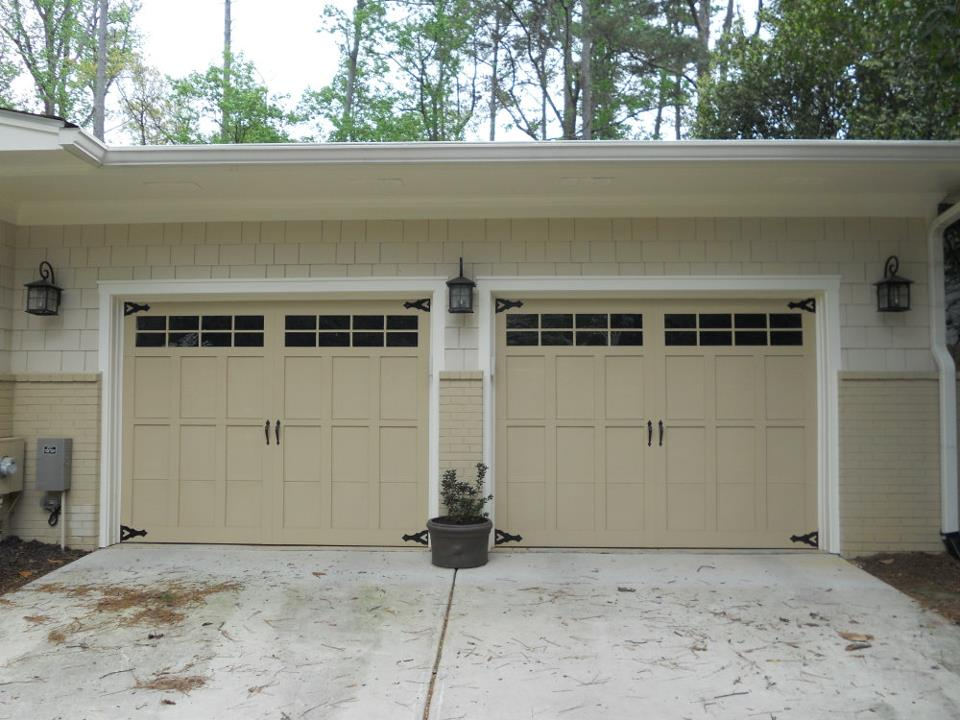 Exterior_Garage Doors.jpg