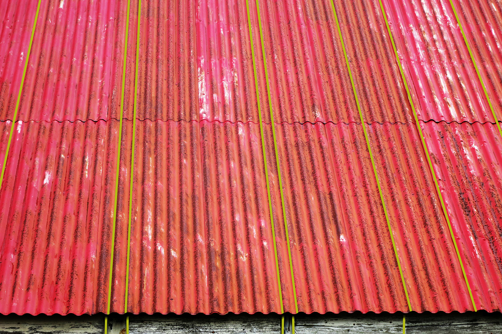 red rust roofw green small.jpg