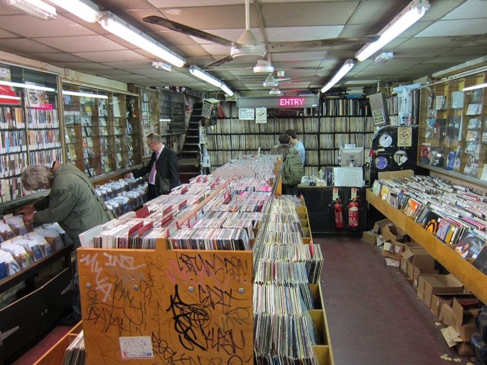 via recordstoresworldwide.com