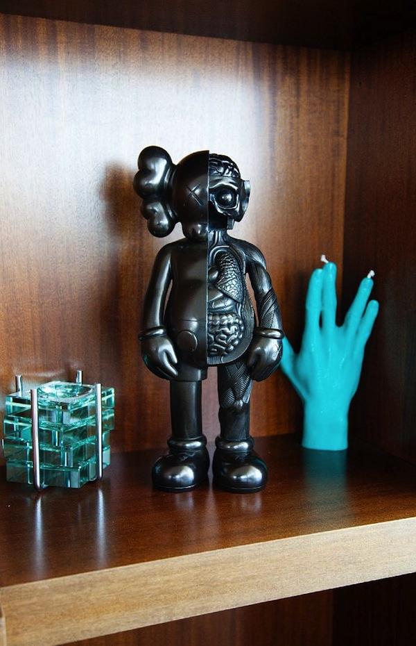 Pharrell-Williams-Miami-Apartment-KAWS-Figurine-toy-14.jpg